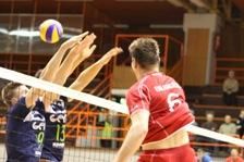 go_volley_20121028_1022830371